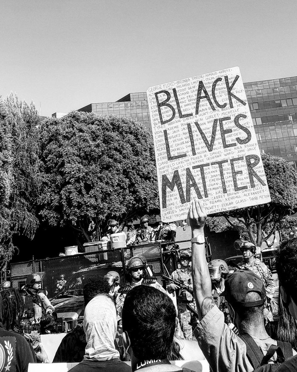 Just a reminder.....   by moi .  #ElijahMcClain #blacklivesmatter #blm #racism #DefundThePolice #policereform #ahmaudarbery #breannataylor #georgefloyd #trayvonmartin #emmittill  #whiteprivilege #justiceforgeorgefloyd  #justiceforbreonnataylor #justiceforahmaud #instapost . pic.twitter.com/DtDF1wIlxf