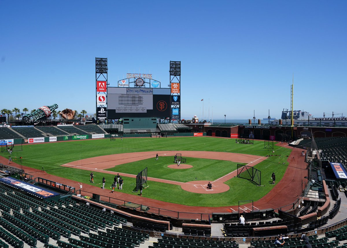 Grateful for all the @SFGiants ballpark ops staff, medical staff, grounds crew and so many others who are making this possible. This is a dedicated team. https://t.co/1VsGfLgLvX