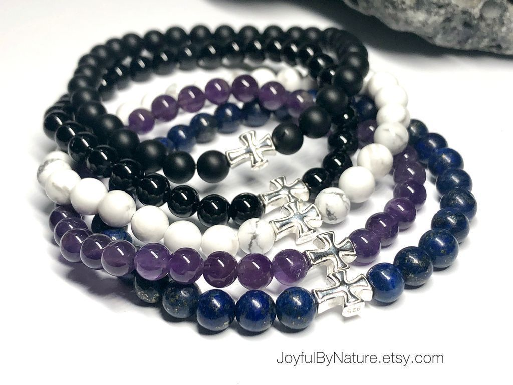 Now on sale • Our custom-sized sterling silver cross bracelet comes in several stone choices including amethyst, onyx, lapis lazuli, and more. HANDMADE. https://buff.ly/35gG956 #etsymntt #bracelet #womenstyle #menstyle #LapisLazuli #Faithpic.twitter.com/wVZXctDlW7