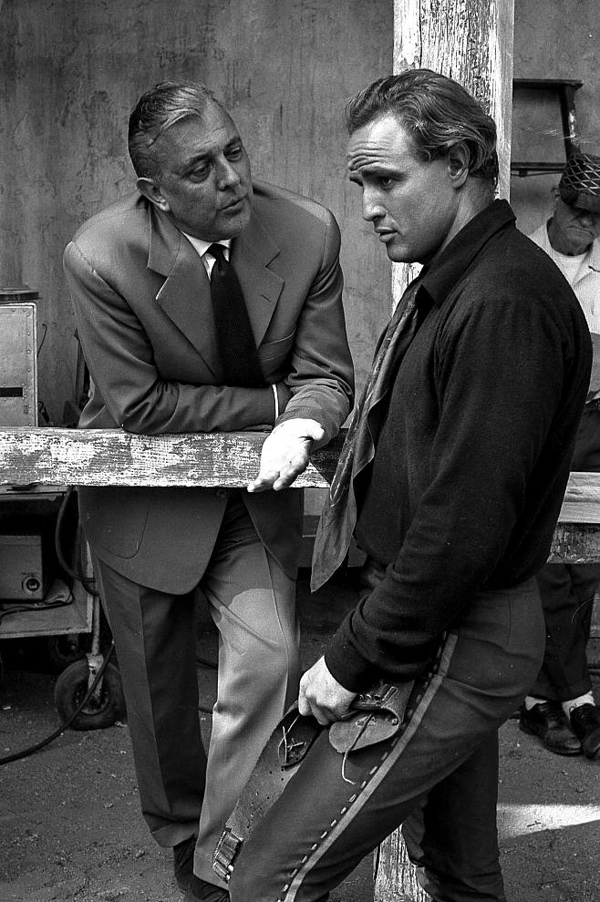 RT @cjubarrington: Jacques Tati visiting Marlon Brando on the set of One-Eyed Jacks (1961) https://t.co/VOdnHIVCQx