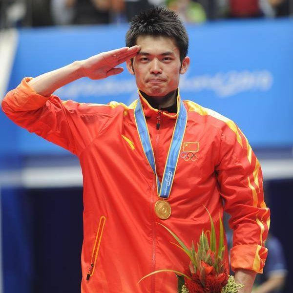 China's #badminton legend Lin Dan announces retirement on Saturday. The two-time #Olympic champion is one of the country's most iconic sports figures from the past two decades. He was once a member of the Qingdao Badminton Team and has won multiple gold medals here. #China https://t.co/2vzYYTaQIh