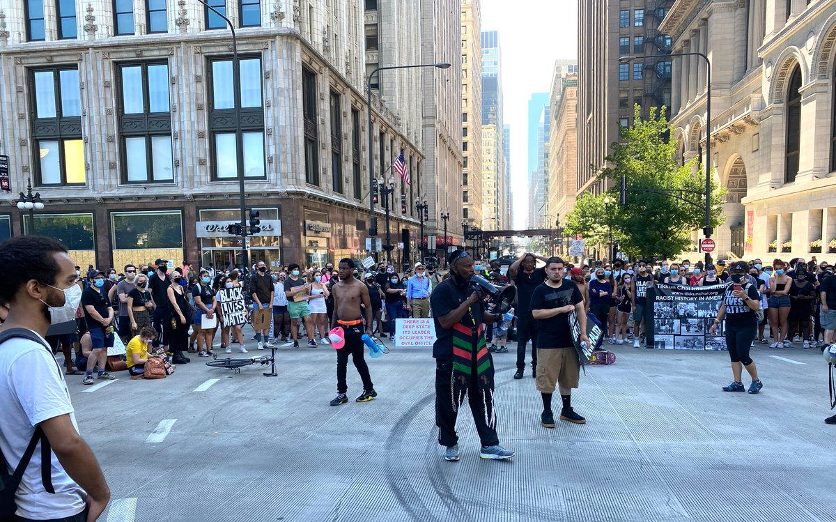 #Protestchicago #photography #happy #picoftheday #followme  #like4like #travel #summer #follow4follow #motivation #bestoftheday #likeforfollow #landscape #Chicagoprotest #Chicagomarch #Blacklivematter