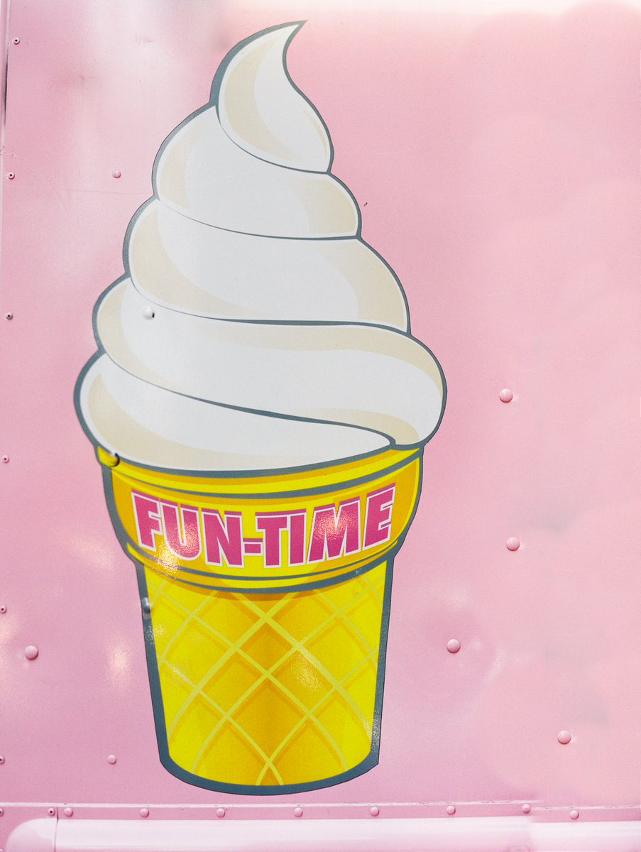 Por más delicioso que parezca un helado, es un producto que no es para todo el mundo. Es importante que sepas quien es tu cliente ideal y que plataformas de #RedesSociales utiliza para comunicarse. // #MarketingDigital #SocialMediaTips pic.twitter.com/MIaUGjnrey