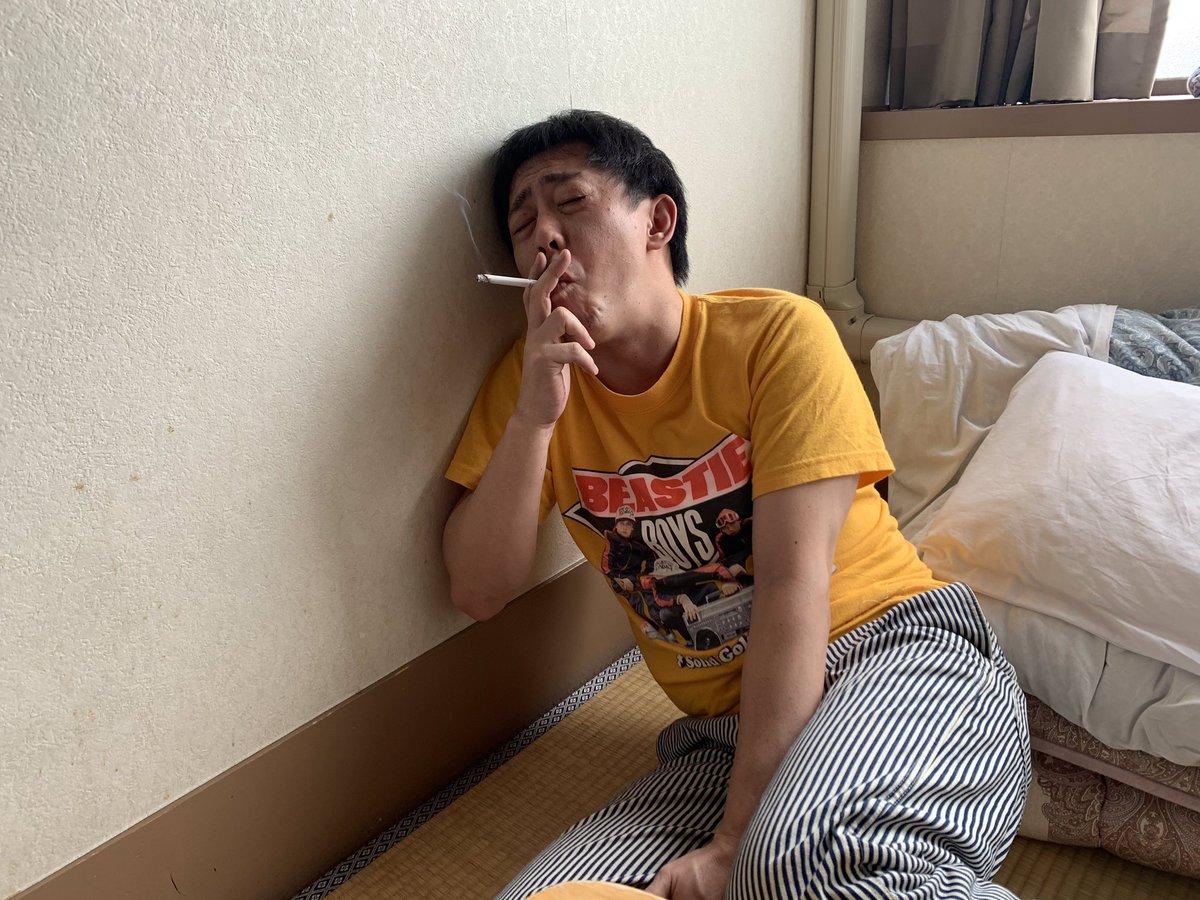 昨日から頑張ってきた禁煙ですが、どうしようもなくなり挫折しました…応援していただいた皆様、自分に負けて申し訳ありません。