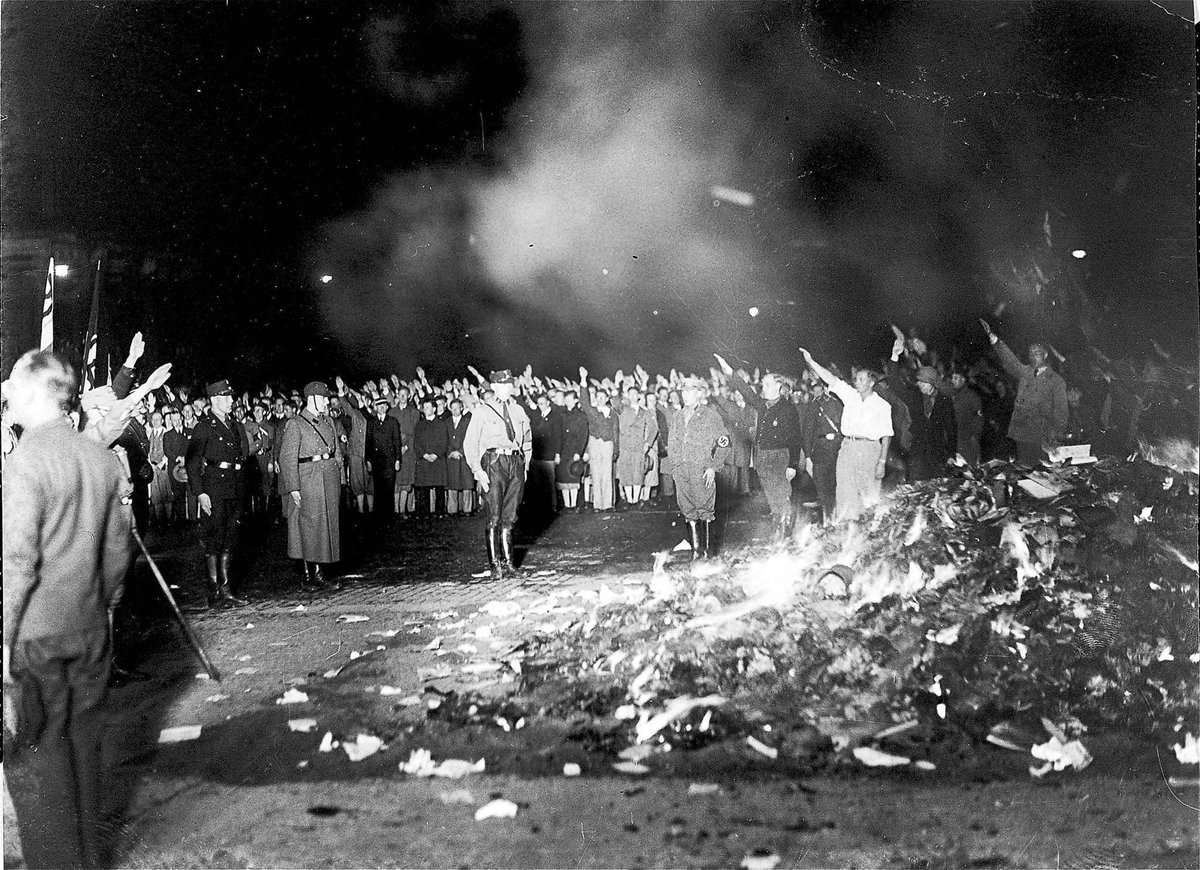 Banning and burning problematic books has a problematic history @washingtonpost https://t.co/AaPSRIakVY https://t.co/tzTfeCV7xt