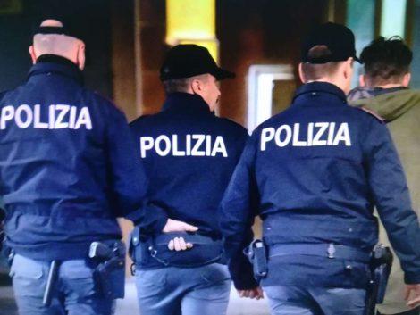 Truffa di auto a Roma, la polizia indaga titolare di una concessionaria e due complici - https://t.co/osQ99z8L9k #blogsicilianotizie