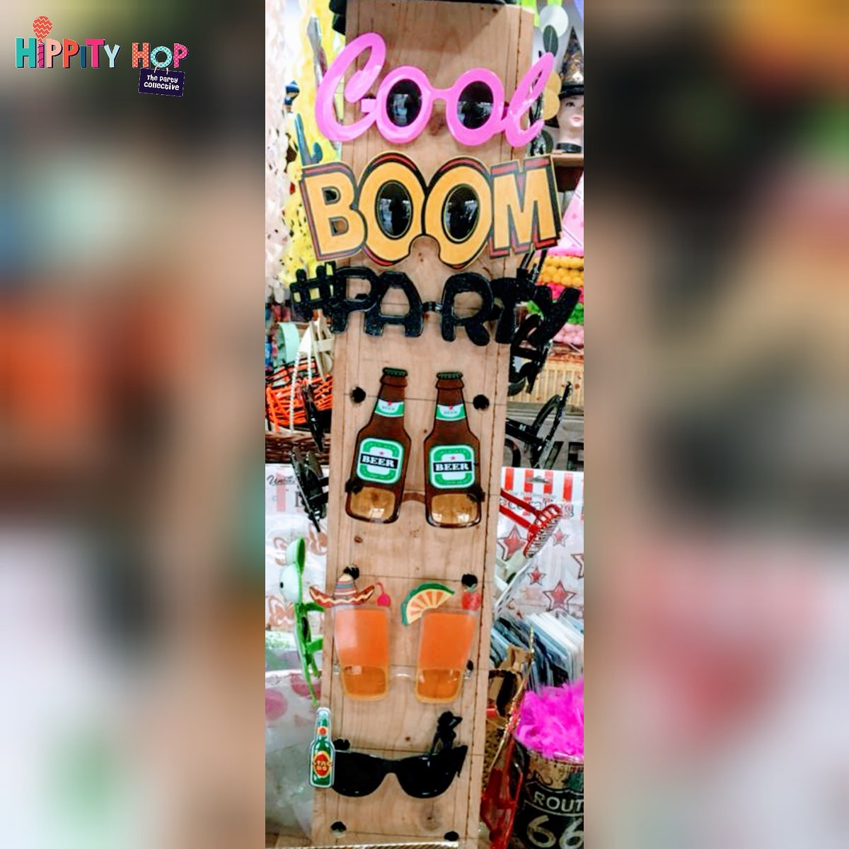 Party Goggles for a perfect sundown house party   #hippityhopstore #goggles #partygoggle #partywear #costume #houseparty #cocktailparty #dinner #drinks #alcohol #drink #fun #friends #friendsforever #partysupplies #partyshop #vodka #whiskey #beer #wine https://t.co/VOakx5KskZ
