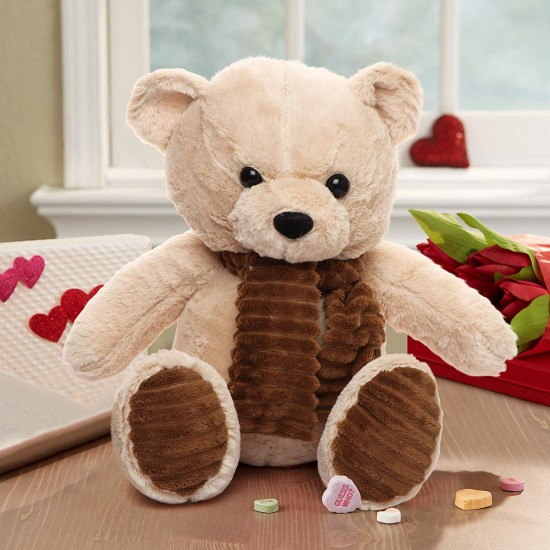 Valentine's day marks the special fondness between couples of all age groups. It is important we remind our loved ones how essential they are in our lives.  https:// tinyurl.com/y7zf2kv3      #giftsforher #valentinesday2020 <br>http://pic.twitter.com/mFLURUHJAx