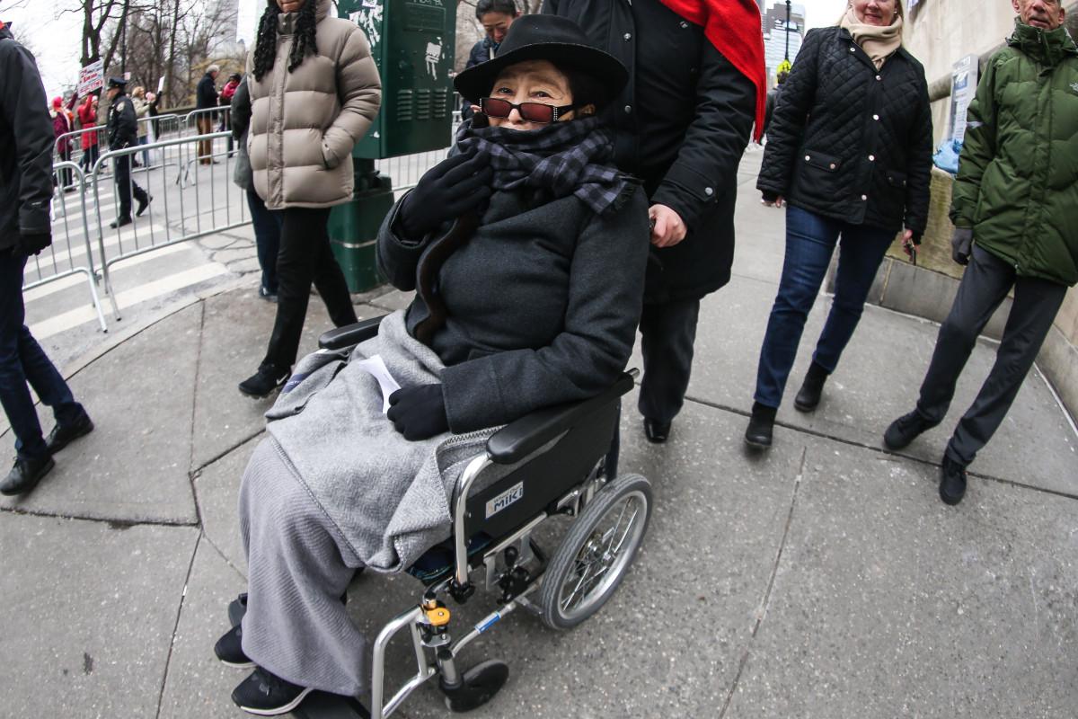 Ailing and wheelchair-bound Yoko Ono is 'slowing down,' insiders say trib.al/CZrif3P