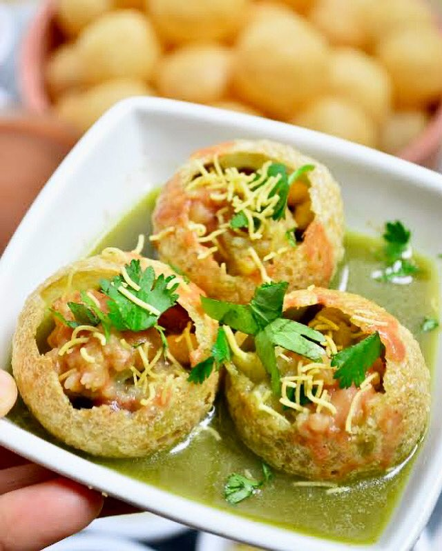 PANIPURI - 👧 Indian girl's favourite street food. 😋  #panipuri #indianfood #streetfood #food #foodart #foodphotography #foodlover #foodiesofinstagram #snacks #breakfast #foodblog #india #homemade #lunch #dinner #MasterChef #PicOfTheDay #MondayVibes #FoodForThought #indiatour360 https://t.co/KnNy5QXFxC