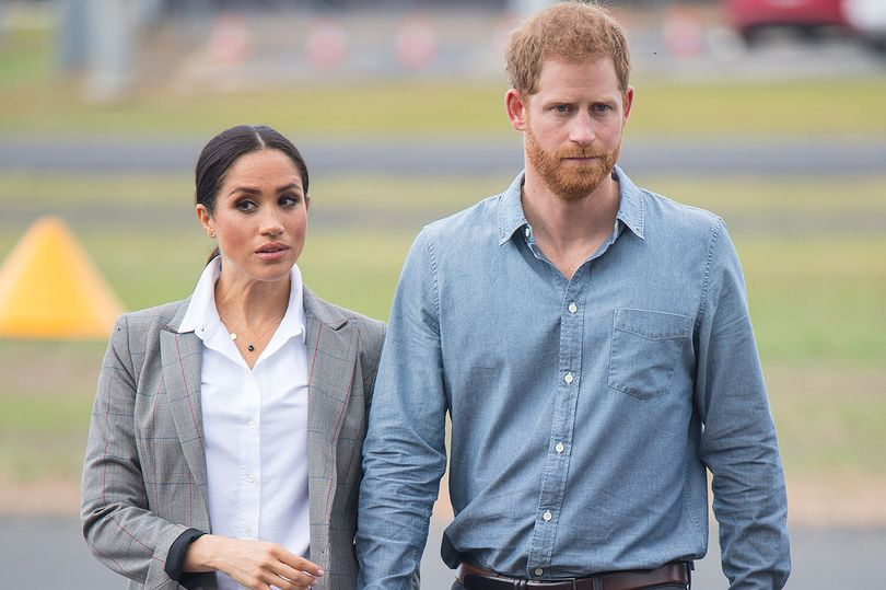 Meghan Markle 'worryingly silent' and 'struggling to cope with new LA life' says relative  https://t.co/daqPC7vEJc https://t.co/OIgLm98Q9L