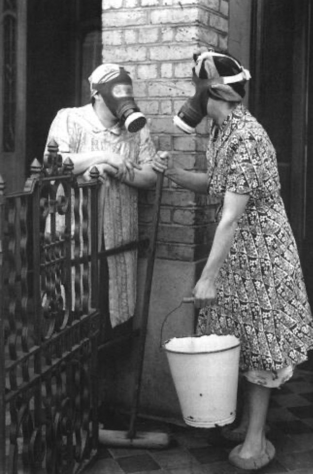 Wearing face masks in public? That's been done before... #eastend #London #History https://t.co/wEyaXwewb5 https://t.co/QWCcELuzTL
