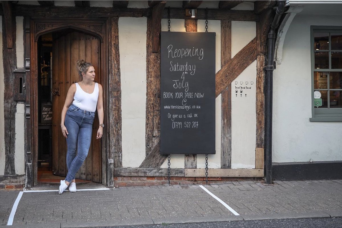 Manager of The Cross Keys Hotel in Saffron Walden, pauses for a break at the end of the first weekend of the hospitality industry being permitted to reopen bars, following the Covid-19 lockdown. #saffronwalden #reportagespotlight<br>http://pic.twitter.com/mX1futLWc8