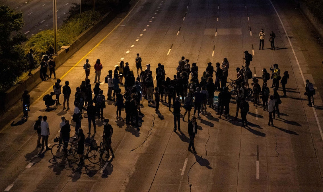 Protester Killed In Hit-And-Run After 'Black Femme March' Blocks Freeway; Suspect Arrested, Identified dlvr.it/Rb3N5l