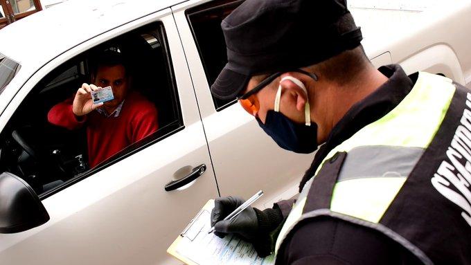 control dni policial entrada acceso permiso par impar