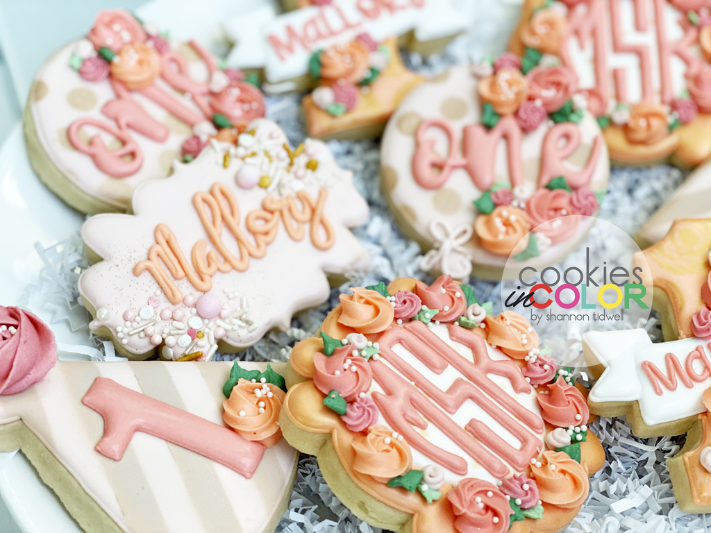 Baby Girl Birthdays are life.    #cookiesincolor #1stbirthday #firstbirthday #birthdaygirl #royalicingart #cookieartpic.twitter.com/66kLbwCk2v