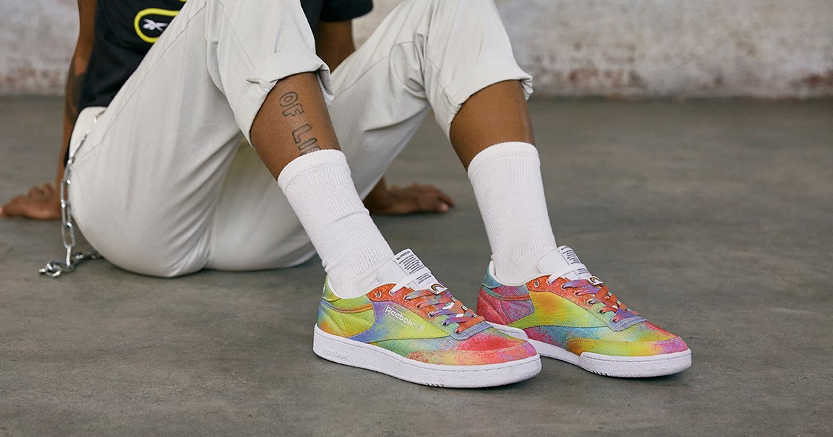 We wish all of our sneaks came with a $75k charity donation. Connecting LGBT+ youth around the world, Reebok are donating to the It Gets Better Project to show their support with their Pride collection. https://t.co/JSgznz9gLr