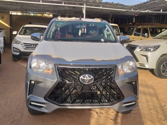 -Toyota Hilux  -2020 -Original Duty -21 Million only (Slightly negotiable) -Abuja  -All colors Available  -07054400309 #Abuja pic.twitter.com/xy2m3O7lM5