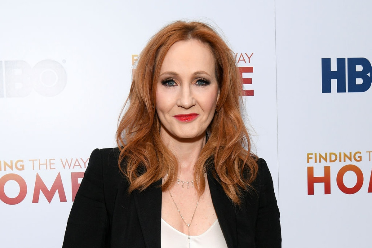J.K. Rowling Fires Back At Critics: Hormones, Surgery For Young People A 'New Kind Of Conversion Therapy' dlvr.it/Rb2r2y