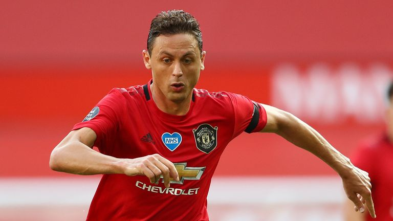 Nemanja Matic has agreed a new three-year deal at Manchester United, which keeps the 31-year-old midfielder at the club until 2023.  Sky Sports News | #263Chat https://t.co/7ZIuSyh5qf