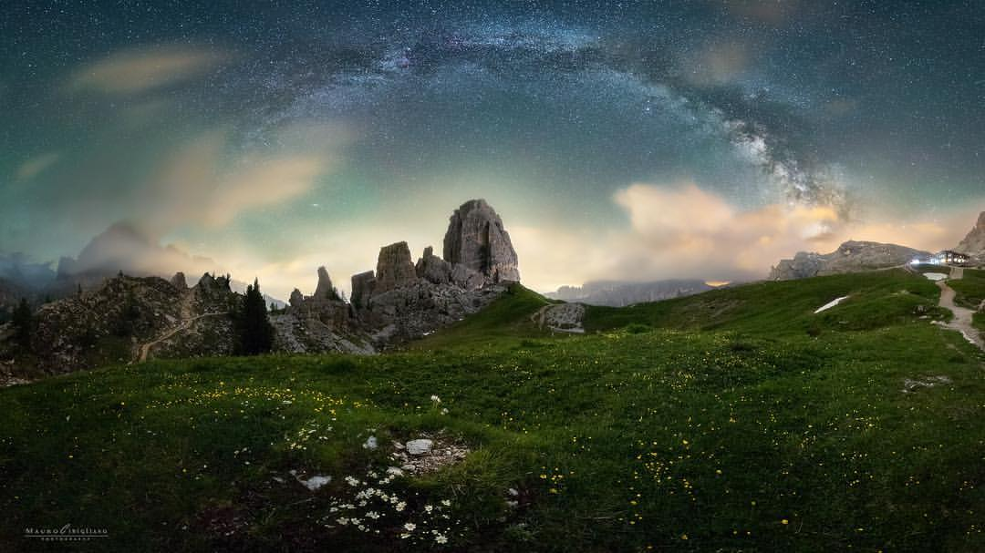The arch of the Milky Way above the 5 Torri, in Co...