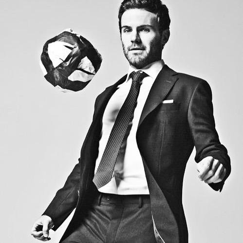 The gentlemen's football brand  - - - - #menfashion #poloralphlauren #jamesbond #pittiumo #bespoke #style #menstyle #menwithclass #classygentlemen #menswear #elegant #gentleman #gentlemen #dapper #satorial #luxury #italianstyle #luxurylife #millionnairel… https://instagr.am/p/CCTHt6gjyBe/pic.twitter.com/aOh2H5hY0d