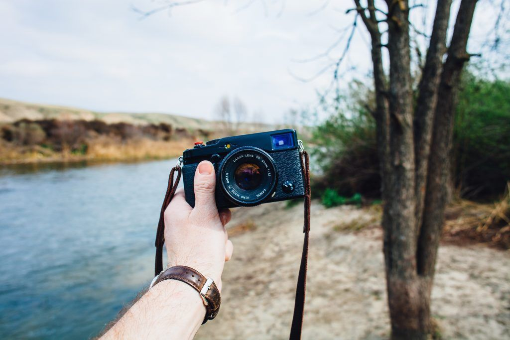 4 Things You Didn't Know You Could Do With a Point and Shoot Camera - This Midwestern Girl https://t.co/pFCsGdHnoG #camera #phototips #photography #pointandshoot #cameratips https://t.co/f0Wr7faydT