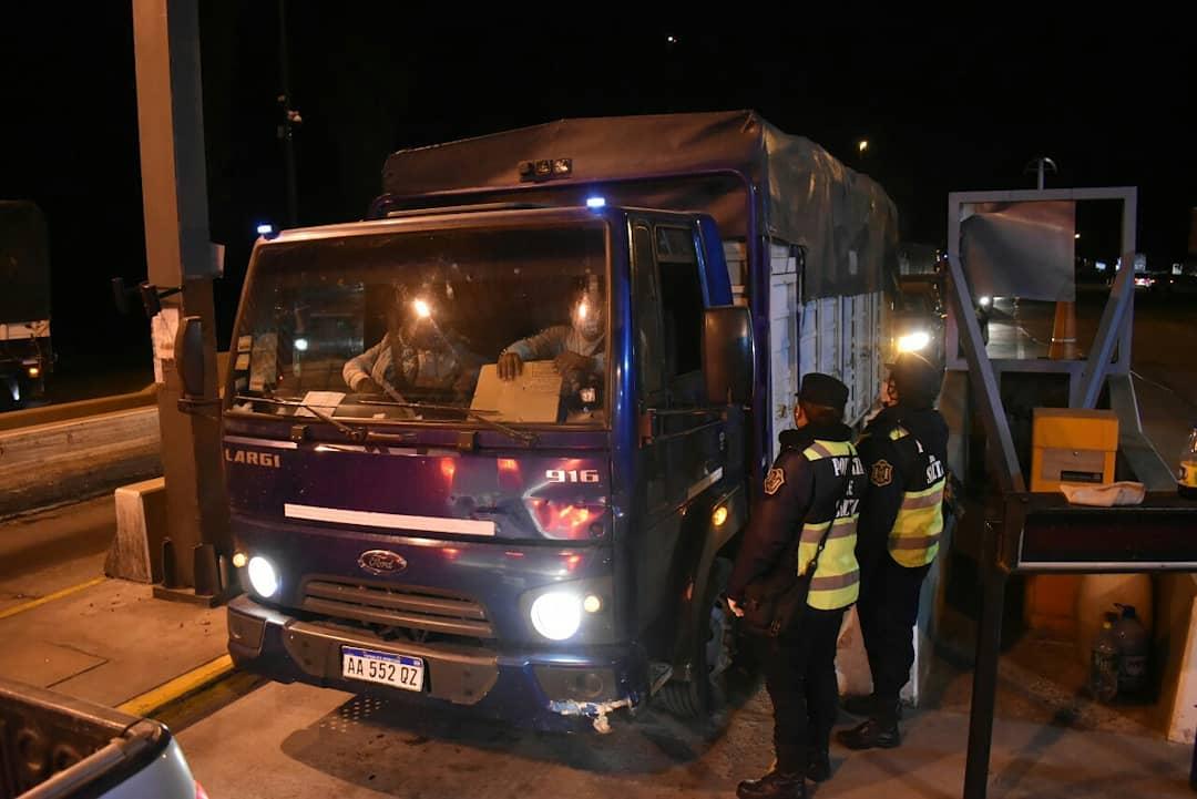 control camiones aunor policia ingreso