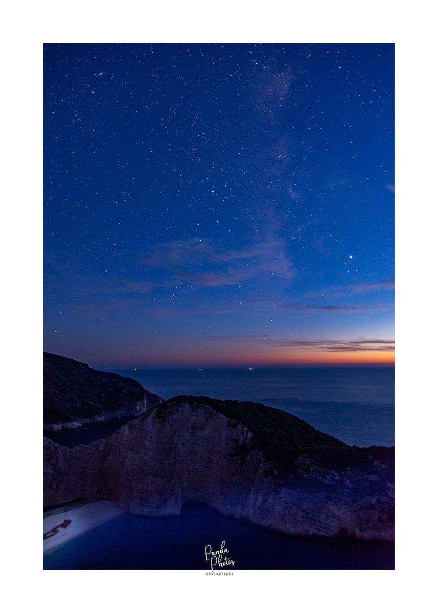 Shipwreck by night  Follow #pandaphotos16 Instagram @pandaphotos16 Web http://pandaphotography.store  #perfect_greece  #greece_united #greece_countryside #iconic_greece #zanteoffical #zakynthos #zakynthosgreece #wonderfulgreece #beautifulgreecepic.twitter.com/4JvOTQQo0G