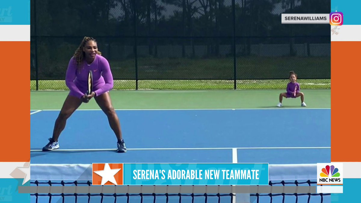 Serena Williams' 2-year-old daughter hit the tennis court with her mom 🎾