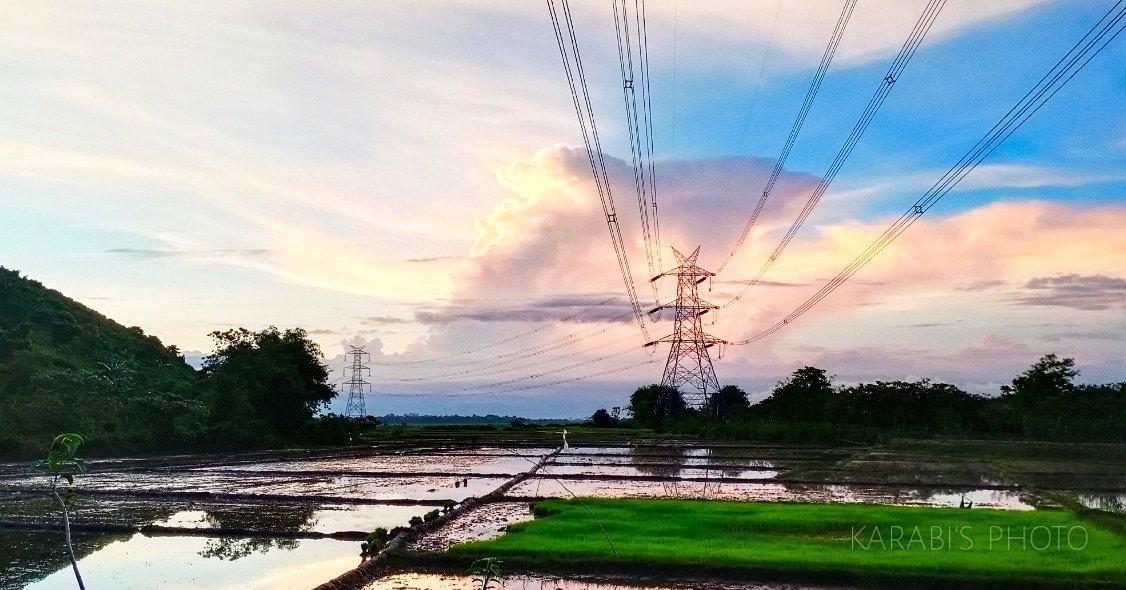 Good evening //  #eveningsky #myphotography #lovetoclick #naturephotography #naturelover pic.twitter.com/JaoMhXeFRp