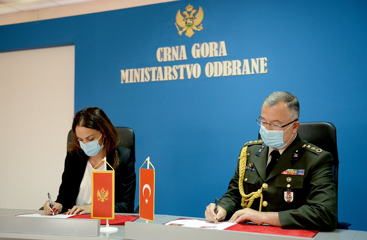 Head of International Cooperation Department Žana Špadijer and Turkish Defence Attache Col Sakir Cumhur Somer have signed today a Plan of bilateral defence cooperation for 2020 between the Ministries of Defence of Montenegro and the Republic of Turkey 🇲🇪🇹🇷 #WeAreNATO https://t.co/tdlCJdQTDw