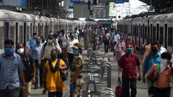 #6Jul Salud #India ya es el tercer país más afectado por el #Coronavirus con casi 700.000 casos https://t.co/koivcfNUu4 https://t.co/l90K80c7YK