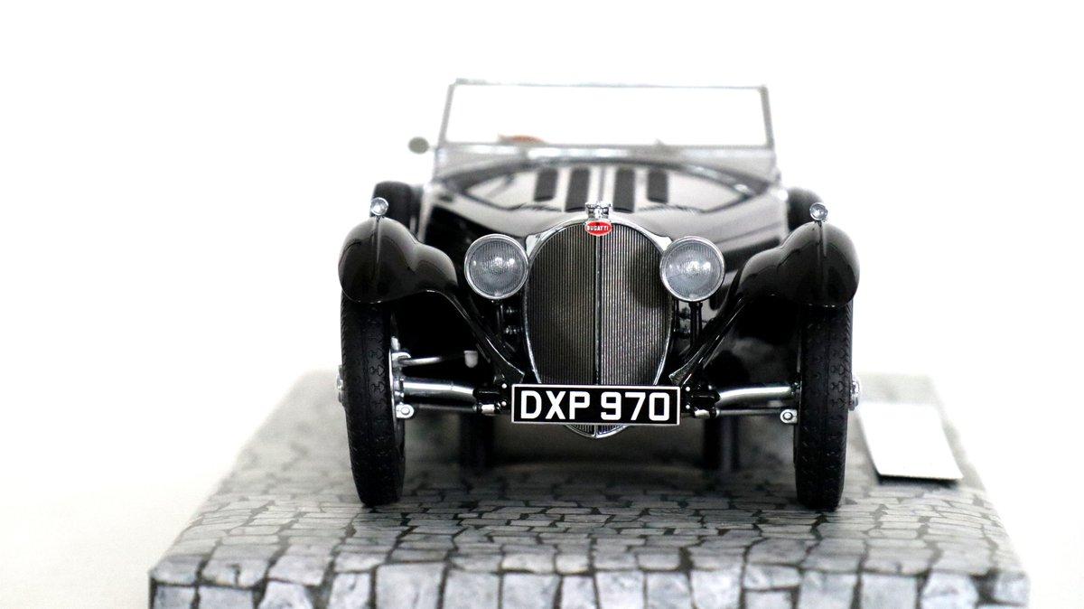 Pre-war Bugatti Love -- -- -- #legendmcars #Bugatti @Bugatti #Minichamps @Minichamps #diecast #modelcars #miniatures  @ModelCarsMag @ModelCarGroup @modelcar #luxury #luxurylifestyle @luxurylife pic.twitter.com/Qy9LTlp3ty