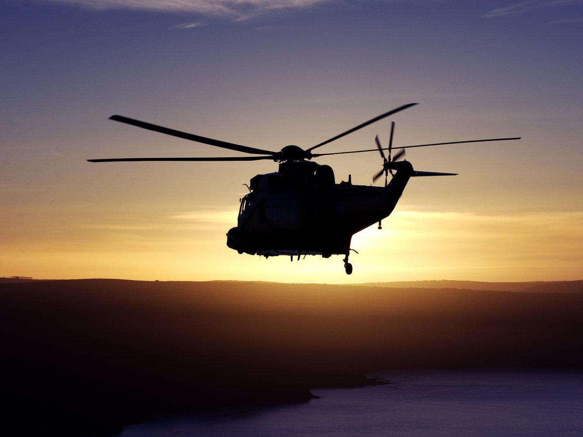 On this day 32 years ago, Sea King search and rescue helicopters from RAF Boulmer and @RAFLossiemouth played a major role in the rescue of the survivors of the Piper Alpha disaster. Today, we remember the 167 who sadly lost their lives. #PiperAlpha #GBNF https://t.co/XomRHIbfha