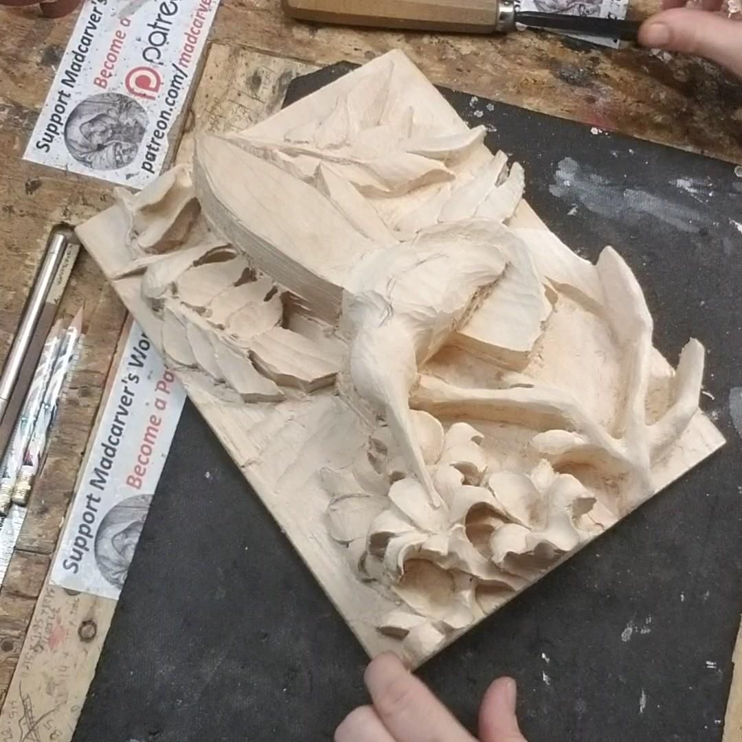 """Quick Repast"" Detailing.. YT: https://www.youtube.com/c/MadcarverWoodCarvings… http://www.madcarver.com Patronage: http://www.patreon.com/madcarver #hummingbird #birds #natureart #wildlife #naturesculpture #birdwatching #birdphotography #tinybirds #woodcarving #howto #reliefsculpture #woodworkingpic.twitter.com/FcXSroC3dA"