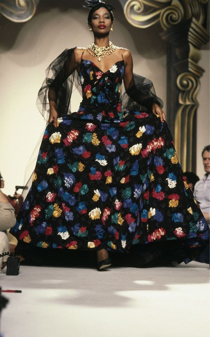 Mounia. She was known as being Yves Saint Laurent's greatest muse! She was a regular on numerous international runways. She's also a personal role model of mine <br>http://pic.twitter.com/qUtdk0nzjn
