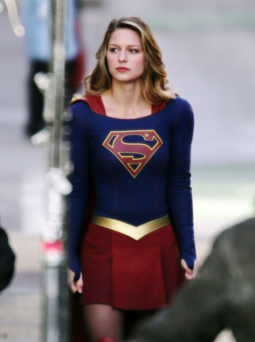 Melissa Benoist on the set of Supergirl <br>http://pic.twitter.com/m4NwTDSQan