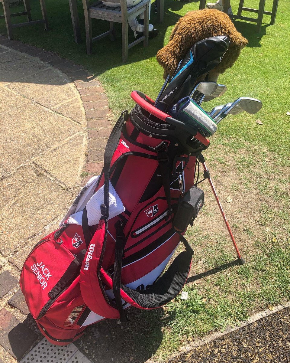 🏴 @WilsonGolf Advisory Staff Player @JSenior88 Bag Setup from @PaulWaringGolf Charity Golf Day recently at @worplesdongolf. Jack uses the FG Tour V6 Irons & PMP Raw Wedges currently. 🔴⚫️ #TeamWilson #Wilson #TourTeam #FGTourV6