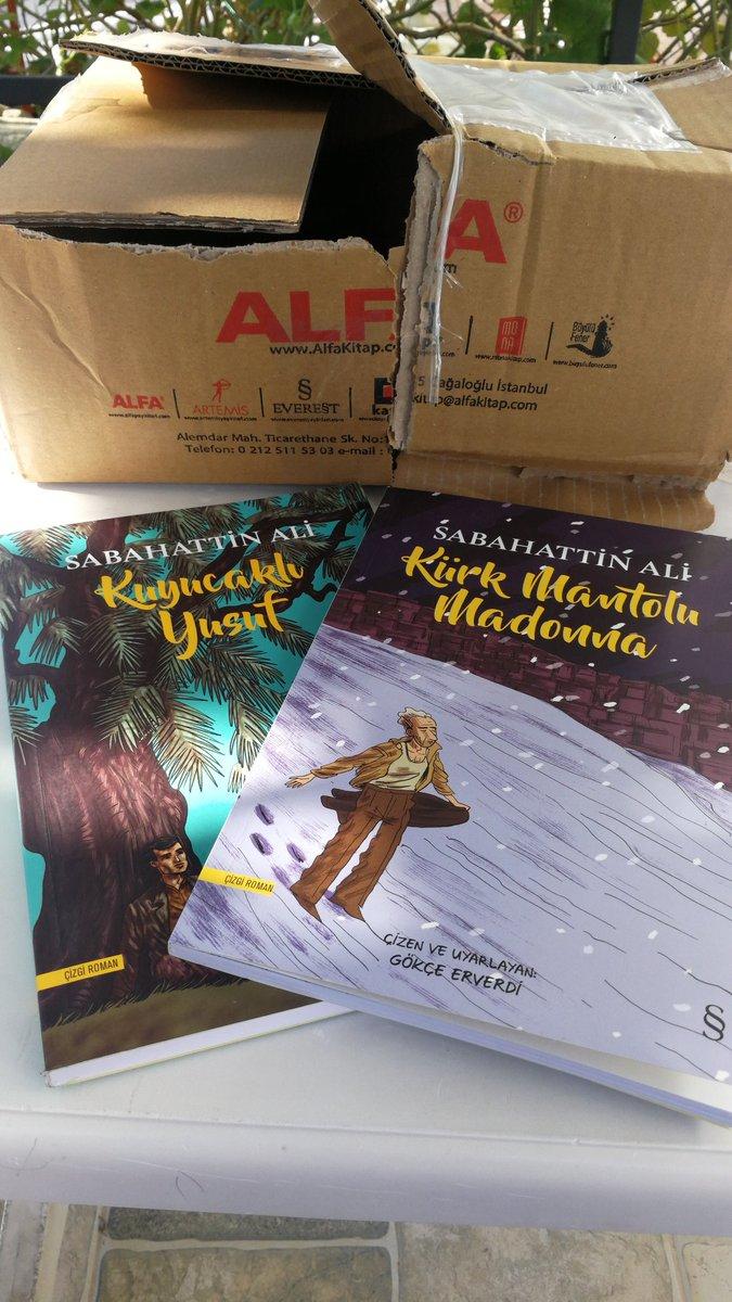 @EverestKitap Kitaplar geldi. 😊 Sağolsun @unsalunlu sayesinde haberim oldu.