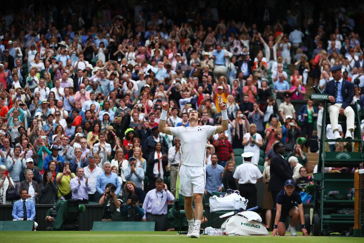 Throwing it back to THAT @andy_murray quarter-final win 😍 #OnThisDay in 2016 Andy Murray won a 5️⃣ set epic on Centre Court against @tsonga7 on his way to lifting the @Wimbledon title #WimbledonRecreated