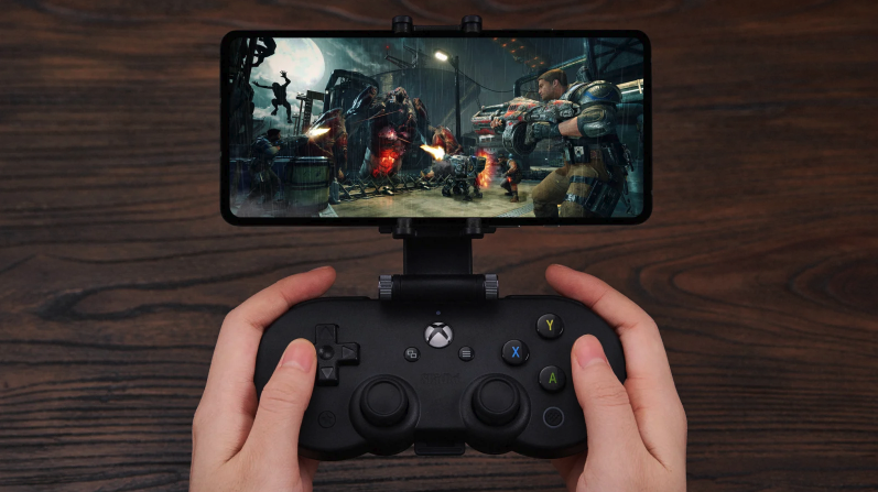 There's now a slimmer Xbox controller for Microsoft's xcloud game streaming