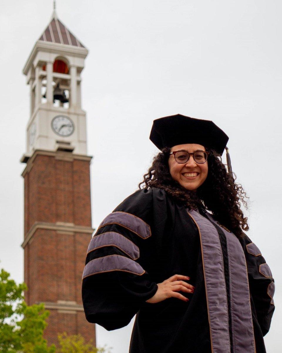 In this week's People of People, we speak with Jessica Linder, a DVM Graduate of the #Classof2020.  Follow along at https://t.co/p1TF9wJnXx  #MySmallStep #PurdueWedidit #PurdueVetMed #Vetlife #PurdueUniversity #BoilerUp #Boilermakers @LifeAtPurdue @AVMAvets https://t.co/yhVqZQaaeF