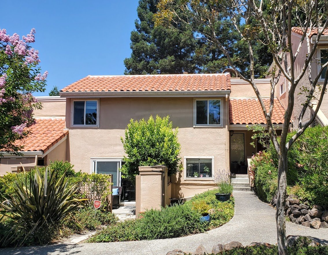 Just Listed: Almost 2100 sq ft in Moraga and under 1 million!! $949,000 #thechurchillteam #eastbaylove #Moraga #lamorinda #contacosta #acalaneshighschooldistrict #campolindo #eastbaylife #bayarearealestate pic.twitter.com/f5nhX3ieV6