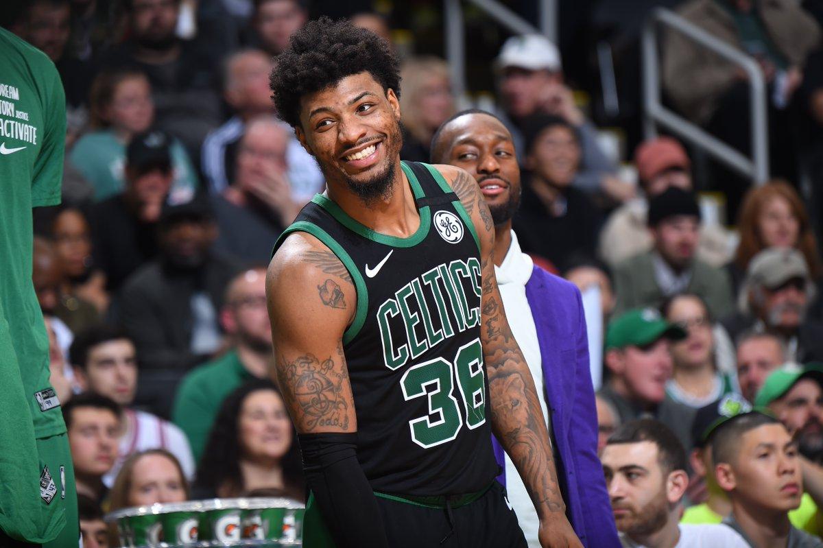 Esa sonrisita de... #Celtics #WholeNewGame https://t.co/R8x77D8kbx