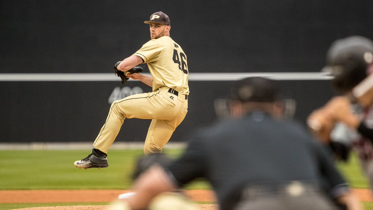 Vote for the game you would like to see streamed Sunday at 6pm ET on Facebook & YouTube. This is the 6th & final week of our #BoilermakerRewind voting series. #BoilerUp  ☑️ Google Vote: https://t.co/UTqo6li1aw 📰 Series Info: https://t.co/ghVawOvrre https://t.co/1WvVVa0tv2
