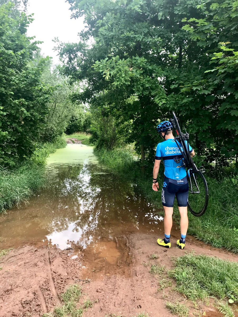 Our Devo rider @vaclavsnuparek found a very creative way to say THANK YOU to our sponsor @novonordisk for all the incredible support⠀ ...the rain added an extra challenge to it!😅 ⠀ ⠀ #ChangingDiabetes https://t.co/QSxrUHMQJg