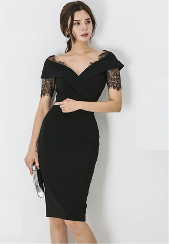 Angels fashion New Temperament Slim V-neck Lace Dress $69.00 SGD*· In stock·Brand: Crystal Korea Fashion 2018 Latest Popular Picks - Easy match - Hot new - unique design - Slim trim - Elegant Angels Fashion. #fashion #angelsfashion http://www.bestangelsfashion.blogspot.com  pic.twitter.com/Cpi5Km3kpL