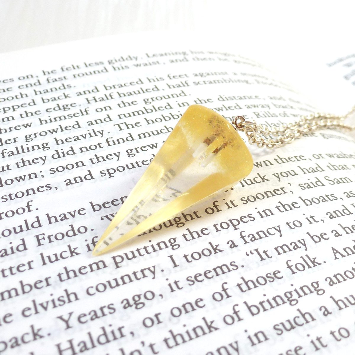 Crystal clear with a touch of yellow gold... sometimes it's difficult to describe the colours in my jewellery.  #pendulum #necklace #artisan #buyhandmade #mycreativebiz #madeinyorkshire #buydifferently