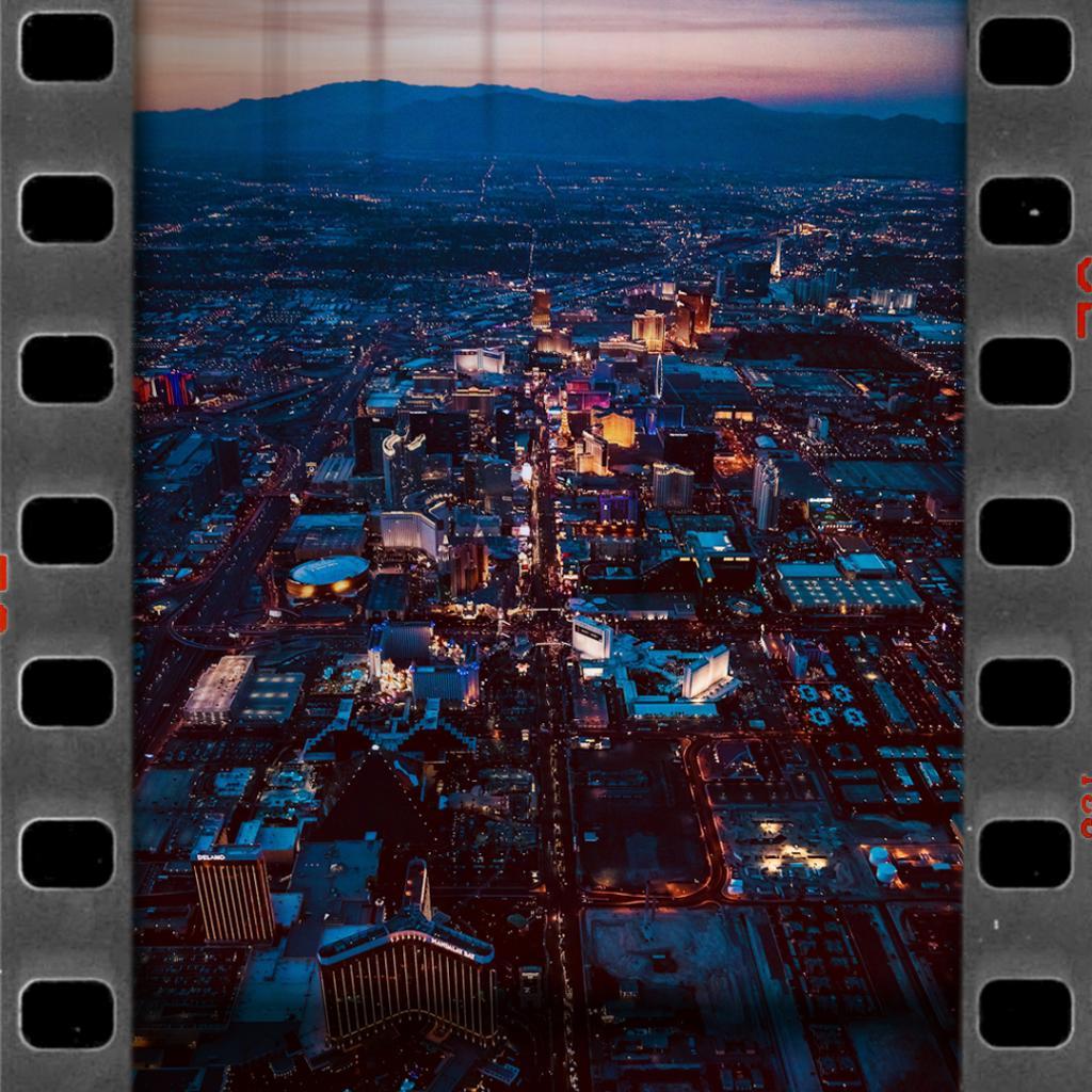 Wheels up 🛫  See you again soon, Las Vegas. ❤️🖤 https://t.co/47JKTG6Ph8